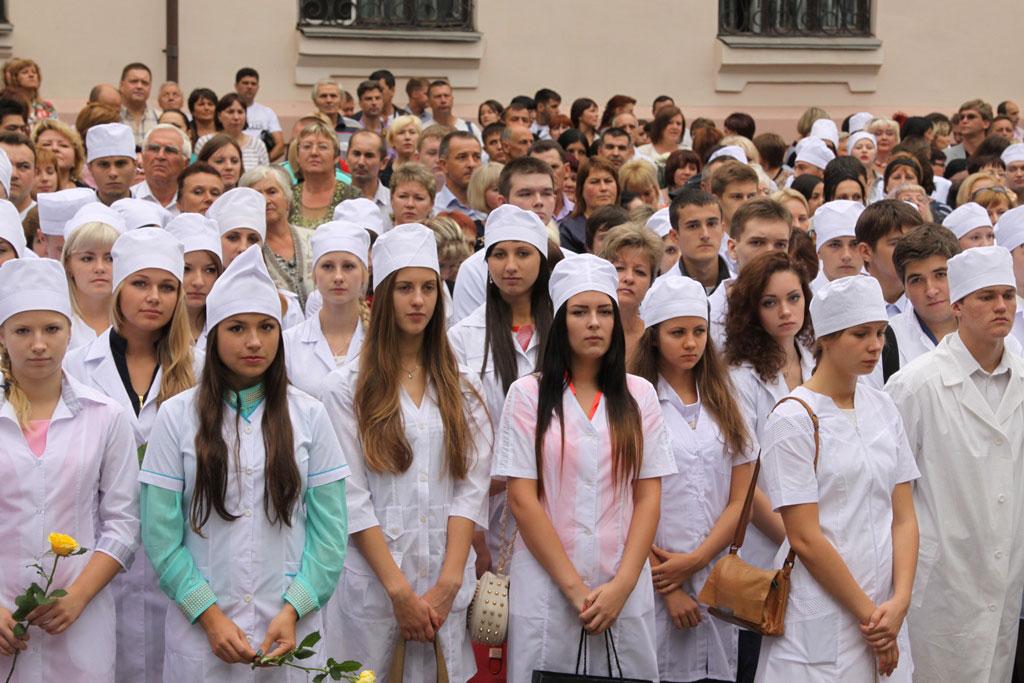 foto-devushek-studentok-medinstituta