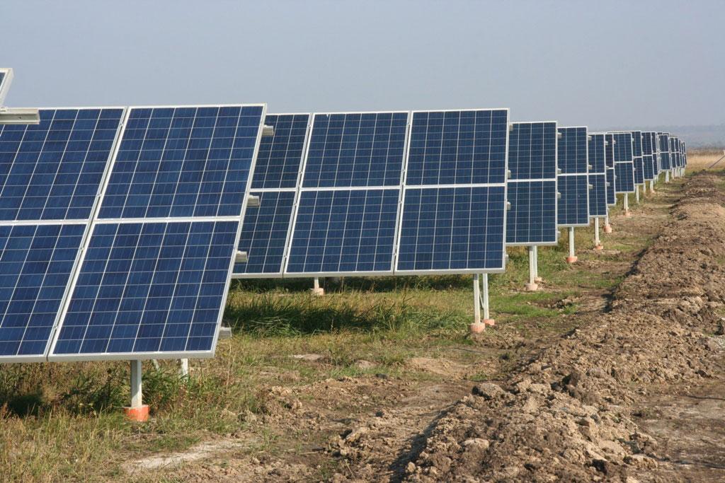 солнечная электростанция в г. Подгородное на Днепропетровщине