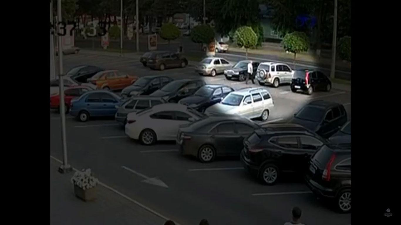 В Днепре задержали угонщика автомобиля от ТЦ «Appolo»