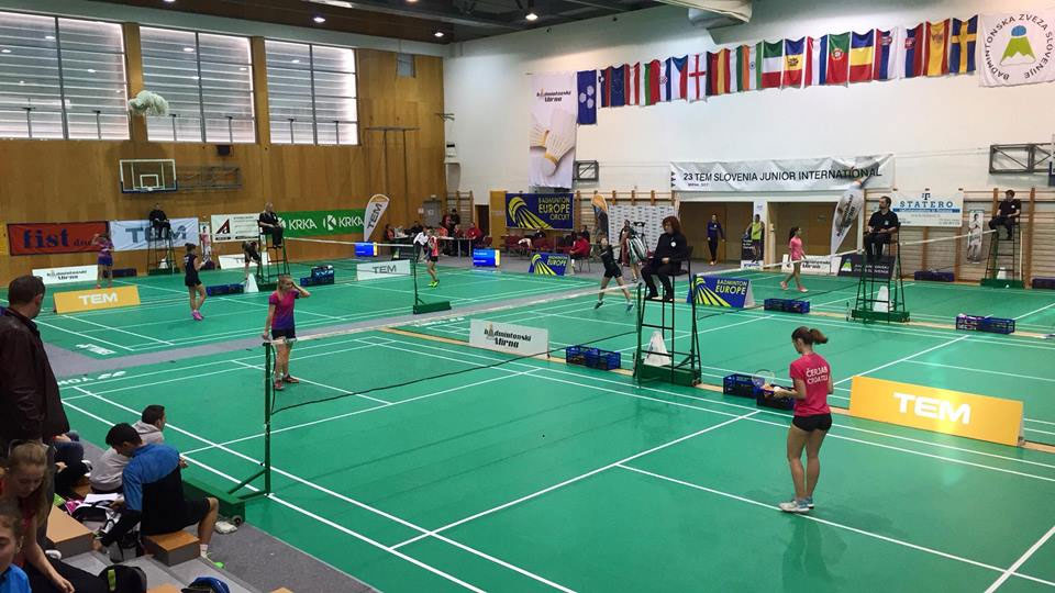 Днепровские бадминтонисты привезли две «бронзы» с международного турнира